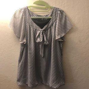 Patterned ribbon blouse